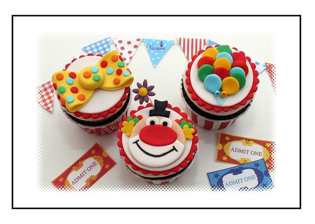 Clown Cupcakes | Flickr - Photo Sharing!
