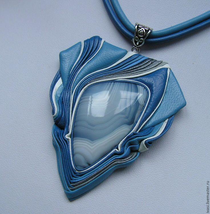 """Купить Кулон из кожи """"Голубая мечта-2"""" - голубой, белый, синий, Кулон ручной работы"""