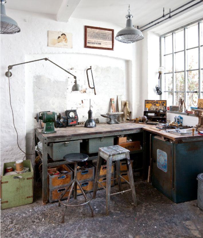 les 89 meilleures images propos de caisse bureau. Black Bedroom Furniture Sets. Home Design Ideas