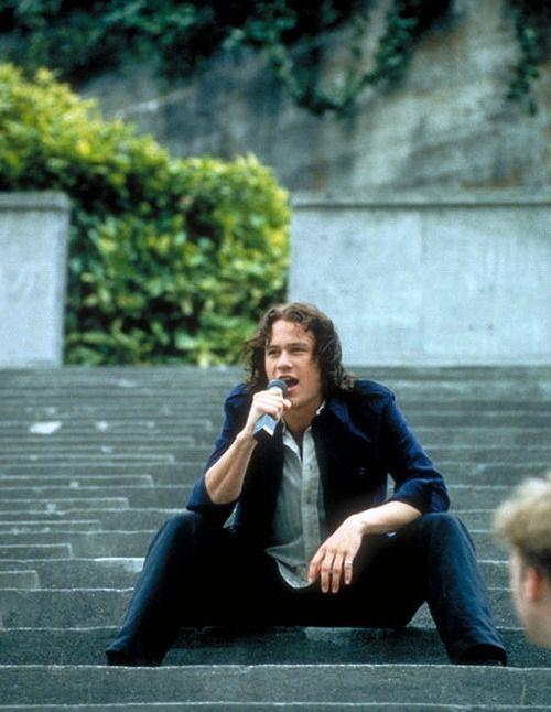 Who sings i love you i hate you