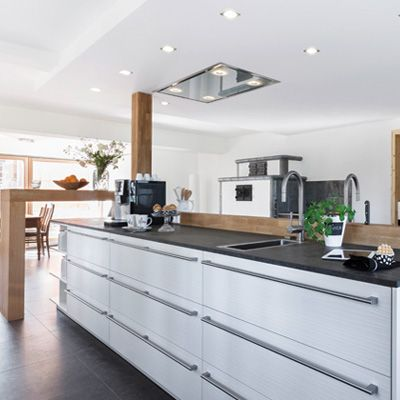 """Leicht wins a 3rd award -For the third year running Leicht kitchens have been named as the """"Most Attractive Kitchen"""" by the German kitchen association Musterhaus- Kuchenverband and the ZuhauseWohnen magazine. #kitchens #kb-network"""