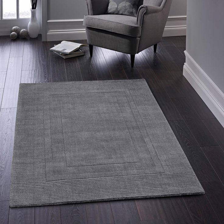 With a classic appearance, Arabelle Charcoal Bordered Wool Rug can make your dull decor bold and striking in style. #handtuftedrugs #woolrugs #durablerugs #luxuryrugs #purewoolrugs #borderedrugs