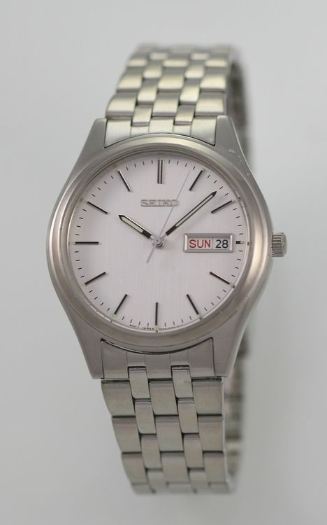Seiko Watch Mens Day Date Stainless Steel Silver Water Resistant White Quartz-2