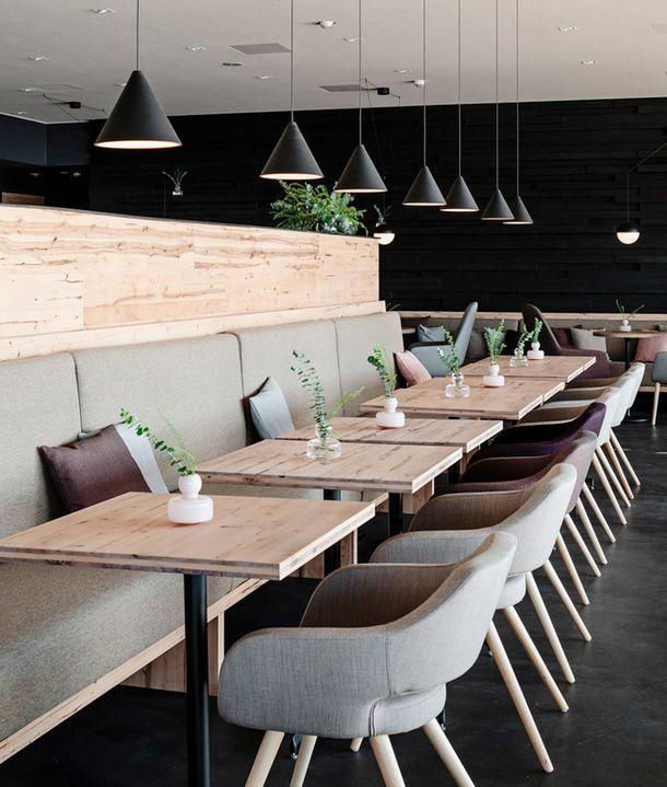 Dark light contrasts in restaurant