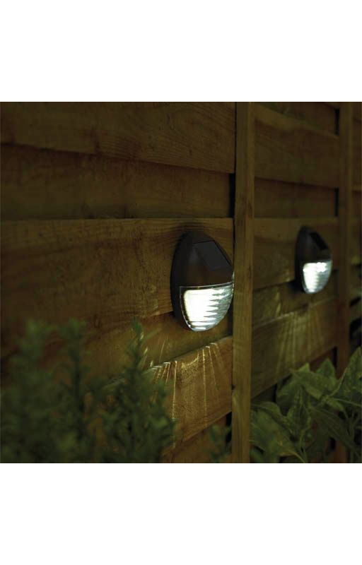 Solar Ed Fence Light