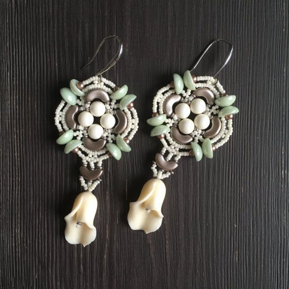 THOUGHTS OF SPRING earrings beaded earrings flower by sjamgal