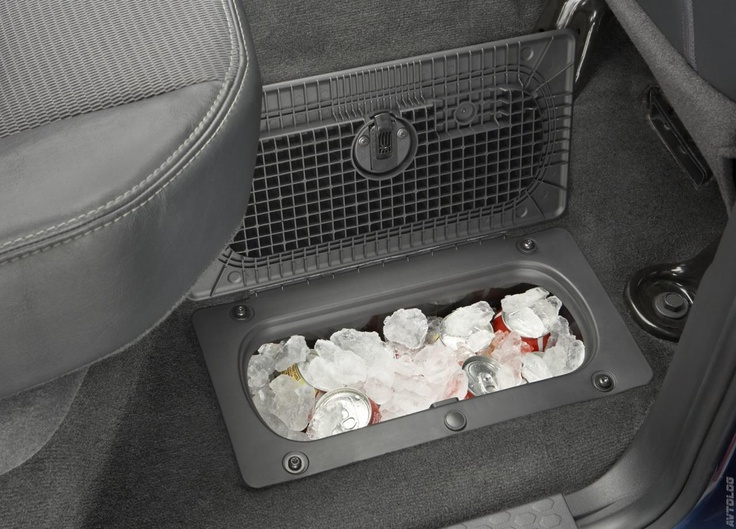 It's great to have a stash of ice cold sodas in your 2009 Dodge Ram 1500 Sport!
