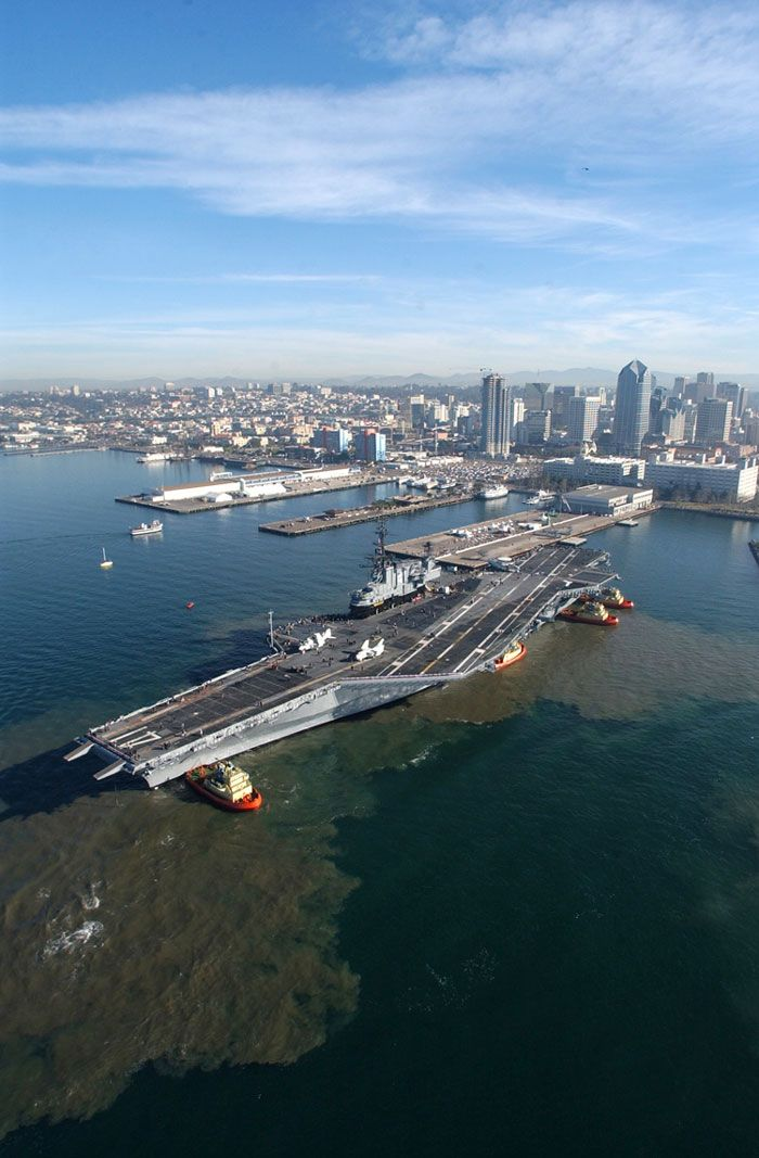 10 January 2004, Midway prepares to moor at its final resting place at Navy pier in San Diego.