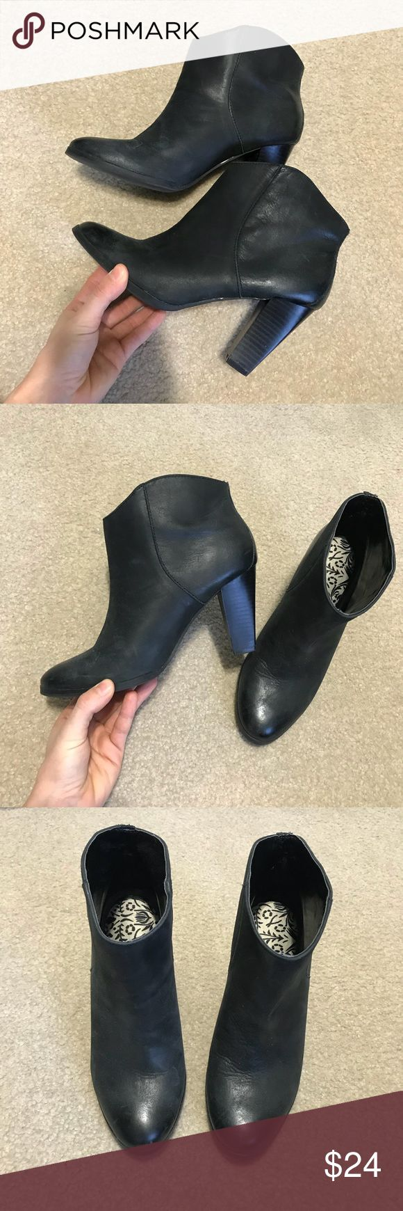 """Black Gap Leather Ankle Boots Size 7 Women's Genuine leather faded black color ankle boots. From Gap. Heel is 3.2"""". Very comfy! Minor wear. Insert footbed pads included. Size 7. GAP Shoes Ankle Boots & Booties"""