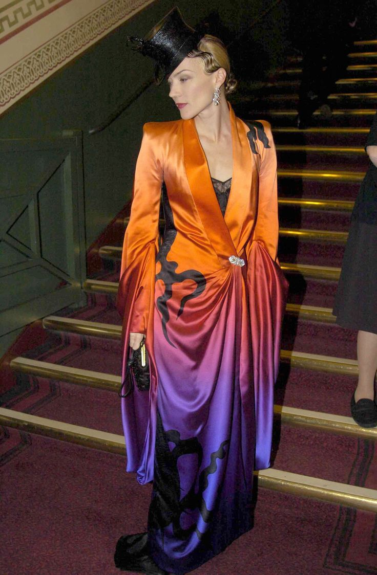 Daphne Guinness - This would make a great kimono.
