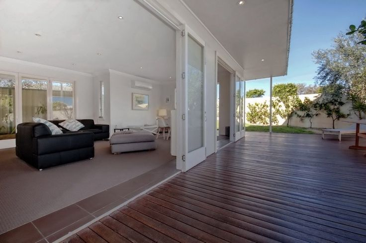 Campbell Avenue, 60 Holiday House Anna Bay North Coast NSW Accommodation