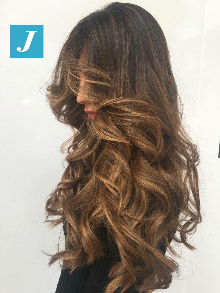 Capelli da favola con il Degradé Joelle. #cdj #degradejoelle #tagliopuntearia #degradé #igers #musthave #hair #hairstyle #haircolour #longhair #ootd #hairfashion #madeinitaly #wellastudionyc