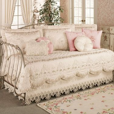 Shabby Chic Bedroom Sets   Foter. Best 25  Shabby chic bedrooms ideas on Pinterest   Country chic