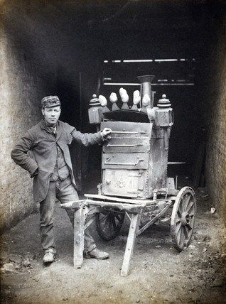 Old London baked potato seller, 1890.