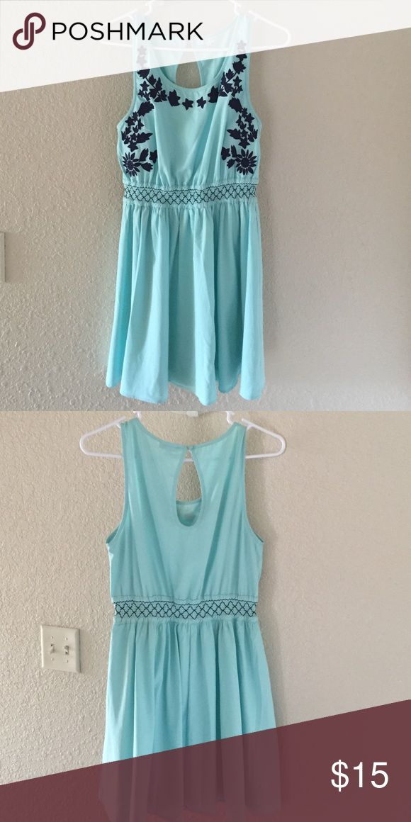 Junior Summer Dress Mint green Jun & Ivy summer dress Dresses