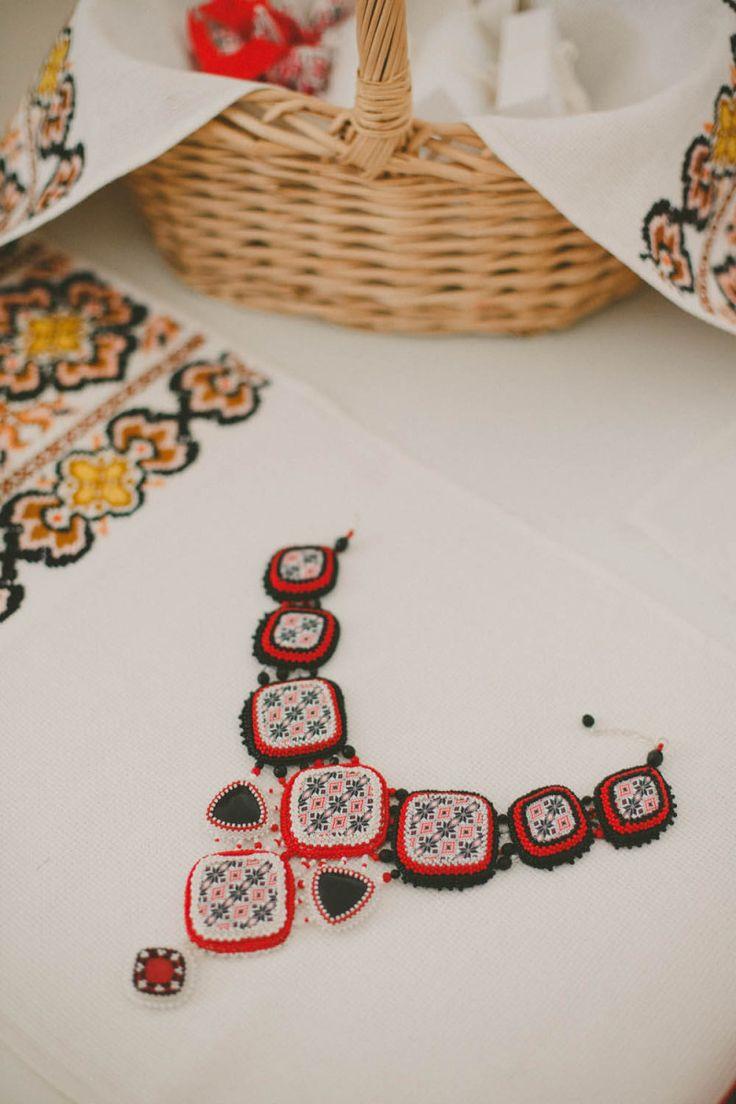 Bijuterii de nunta, Nunta Românească Modernă Inspirată din Tradiţie | http://platferma.ro/nunta-romaneasca-moderna-inspirata-din-traditie/