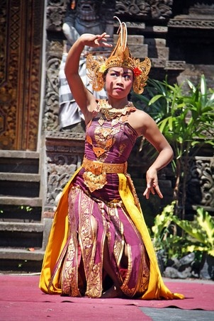 Bali's traditional dancing
