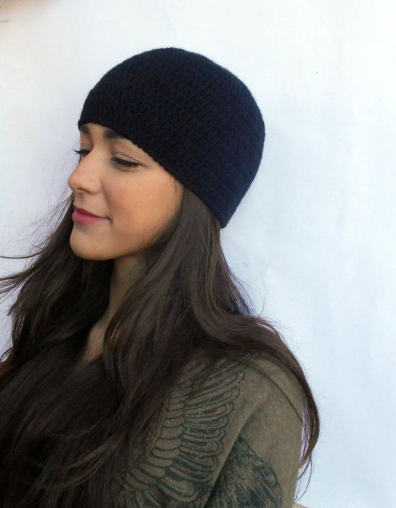 CASHMERE  black hat  crocheted cloche pure by LAlabastroCreazioni