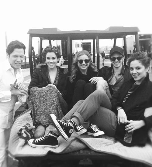 Nick Wechsler (Jack), Christa B. Allen (Charlottle), Emily VanCamp (Emily), Connor Paolo (Declan) and Margarita Levieva (Amanda) on the set of Revenge.