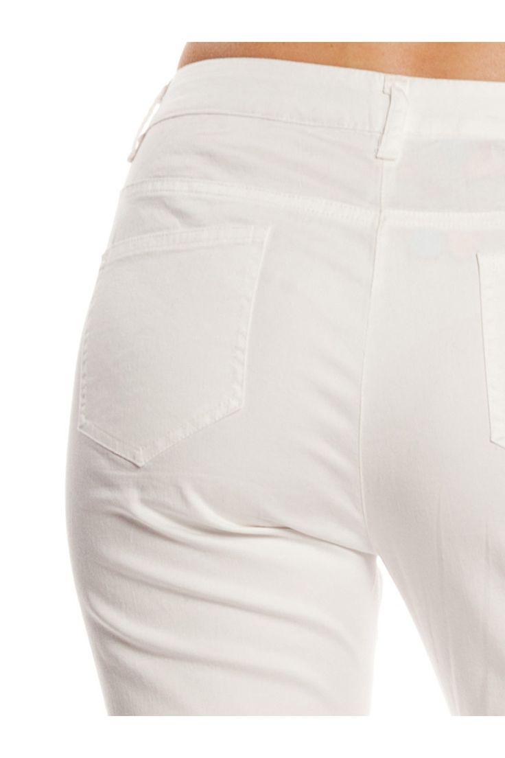 Pantalón con bolsillos. - MUJER   Rosalita McGee #whiteforsummer #whitestyle #whitetrousers #pantalónblanco #pantalonpitillo #blancototal #rosalitamcgee #pantalonsardina