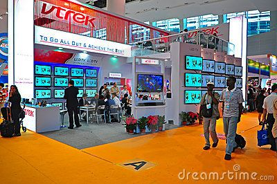 Visitors passing by the LED and LCD Tv book at Canton Fair ElectronicsHall