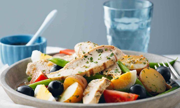 Cette salade utilise le poulet durable au lieu du thon qu'on y retrouve traditionnellement.   | Le Poulet du Québec