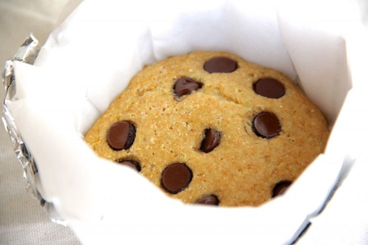 Skinny Giant Chocolate Chip Cookie by Skinny Girl Standard, a low calorie food blog