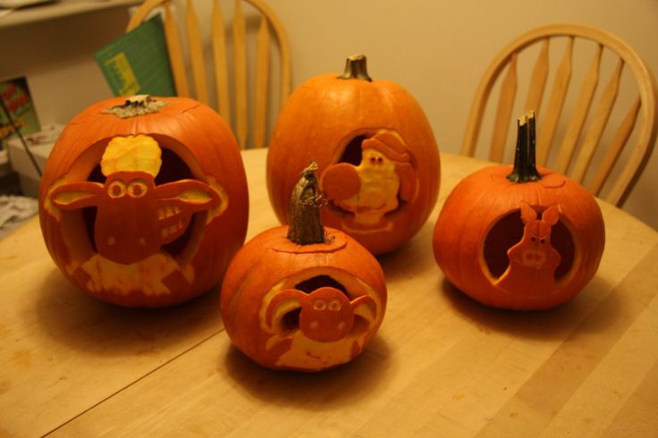 Amazing pumpkin carvings of Shaun the Sheep and his friends by seagullboy on Flickr.