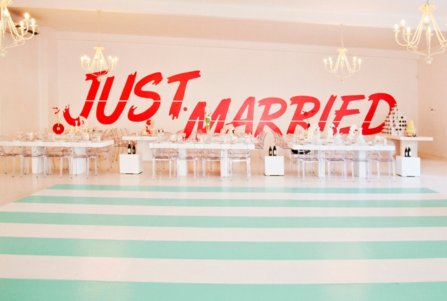 just married: Chic Decor, Wedding Receptions, Just Married Banners, Mint Green, Dance Floors, Modern Wedding, Wedding Decor, Wall Decals, Love Pictures