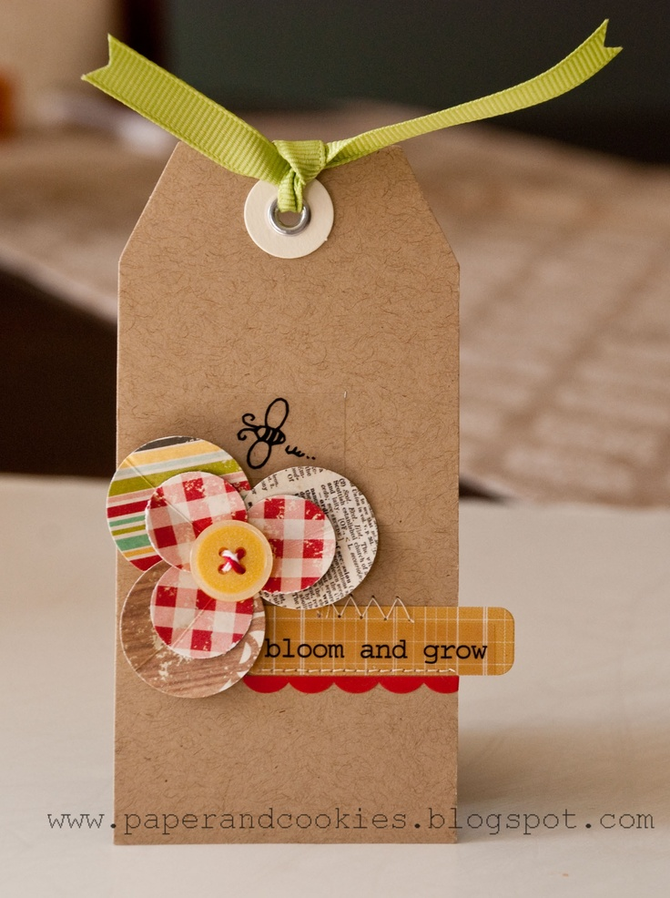 bloom and grow tag - Scrapbook.comCircles Embellishments, Buttons Gift, Tags Scrapbook, Cards Tags, Flower Tags, Growing Tags, Gift Tags, Buttons Flower, Valerie Mangan