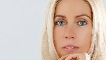 Tipp für den Weihnachtsbaum: Blondinen im Management