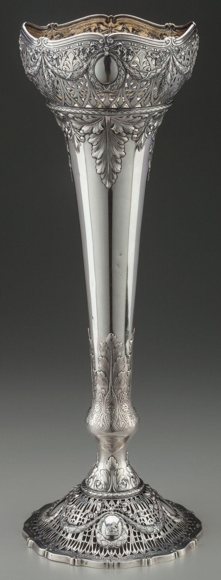 Shreve & Co sterling silver ornate vase - San Francisco, c1890 (Heritage Auctions)