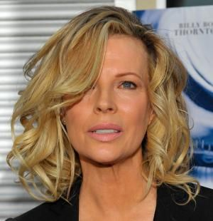 19 Pretty, Medium-Length Hairstyle Ideas: Another View of Kim Basinger's Gorgeous Hairstyle