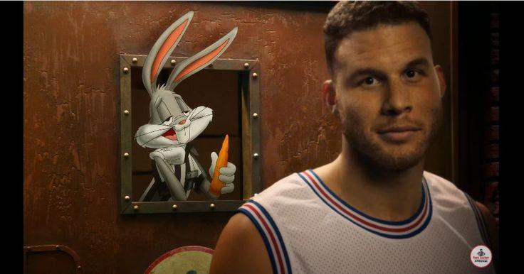 Fue hace ya 20 años que Bugs Bunny junto al resto de los Looney Tunes y con la ayuda del mejor jugador de básquetbol de todos los tiempos, Michael Jordan, acabaron con los Monstars en un emocionante juego de básquetbol que vimos en aquella épica película que protagonizaran de nombre Space Jam.