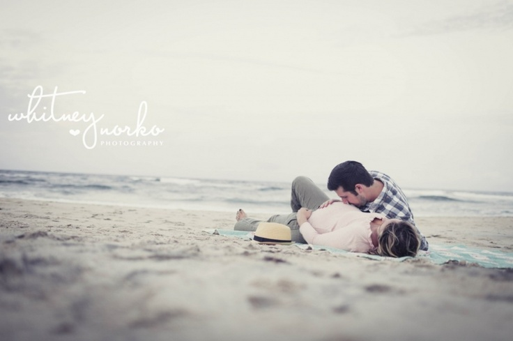 Vintage beach maternity  whitneynorko.com  #whitneynorko  #maternityphotography