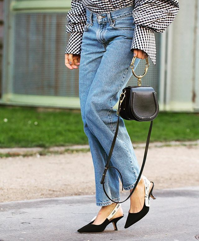The Girlfriend Jean: they're a fashion girls must have staple right now but what actually are they? Well they're basically the middle ground between your skinny and your boyfriend jeans. Our stylist @hannah_lew_ finds the best styles to buy right now and shows us how to wear on InStyle.co.uk - click the link in bio for more #GirlfriendJeans #InstyleShops #Denim  via INSTYLE UK MAGAZINE OFFICIAL INSTAGRAM - Fashion Campaigns  Haute Couture  Advertising  Editorial Photography  Magazine Cover…