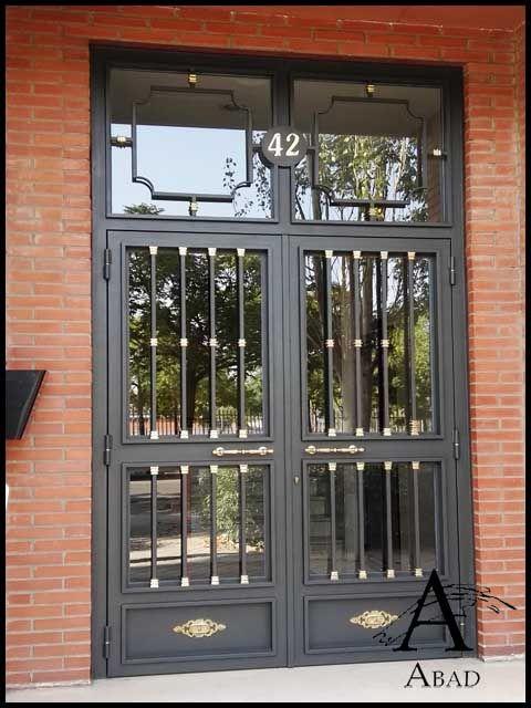 11 best puertas para portales images on pinterest gate for Puertas vivienda exterior