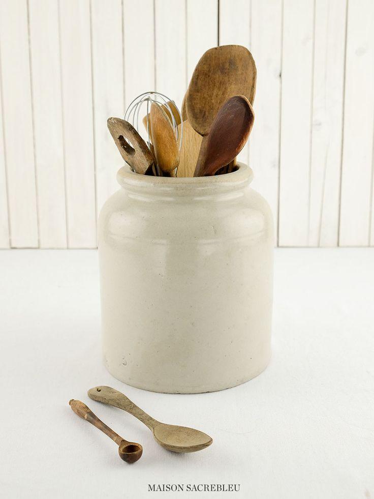 Large antique stoneware mustard pot | Maison Sacrebleu