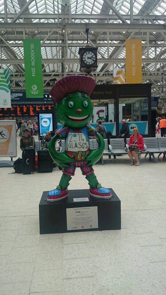 Clyde at Central Station
