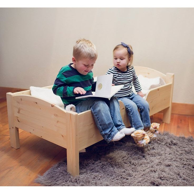 Traditional Wooden Toddler Bed