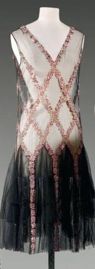 Haute Couture Tulle Evening Dress - 1920s - Embroidered with sequins - 1920's Fashion