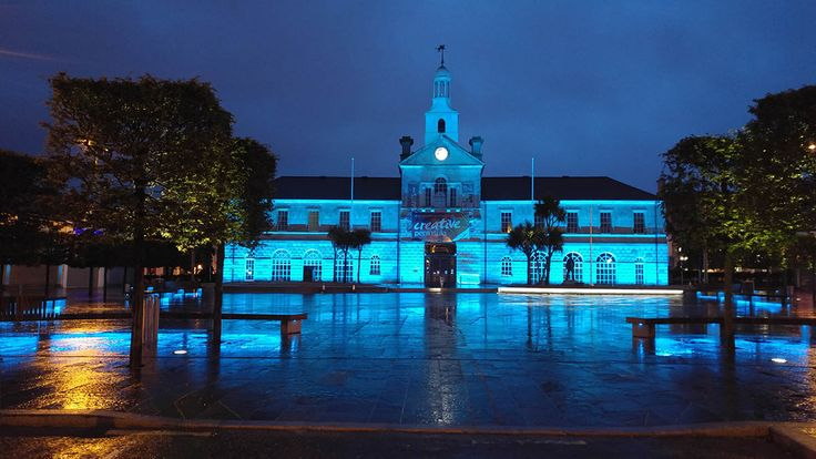 iGuzzini | Newtownards Conway Square Newtownards, Northern Ireland | Urban | Products used: Light Up, Linealuce, Woody