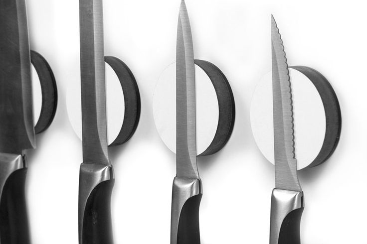 Magnetic Knife Disc a wall mounted Knife Rack por BilldanDesign, $19,95