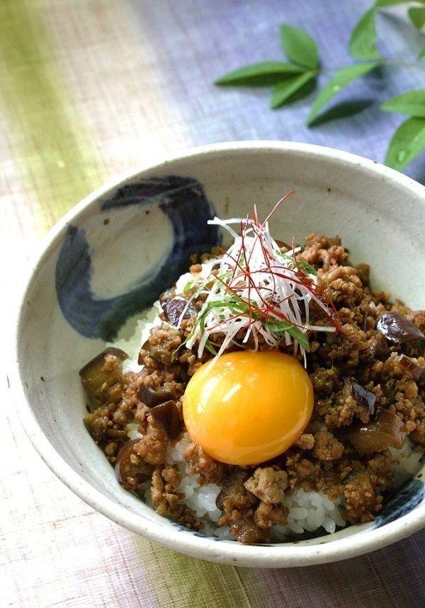 ピリ辛茄子の豚味噌丼 by akai-salad | レシピサイト「Nadia | ナディア」プロの料理を無料で検索