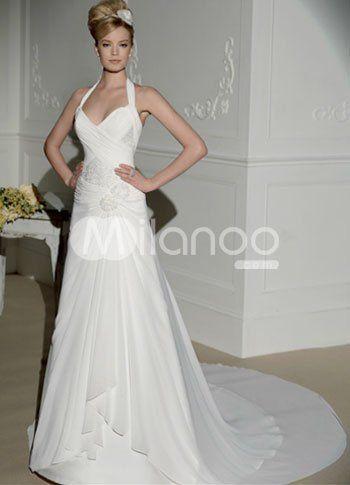 White Fashion Chiffon A-line Halter Wedding Dress