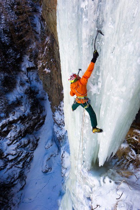 Ice climbing - this looks wicked! Will have to try it!