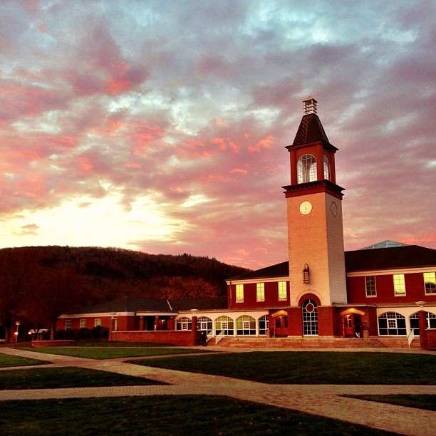 Members of the Quinnipiac University community are sharing their favorite photos of our Arnold Bernhard Library. Tag your photos with #quphotochallenge on Instagram.