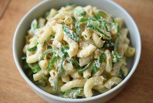 いちばん丁寧な和食レシピサイト、白ごはん.comの『マカロニサラダの作り方』を紹介しているレシピページです。子供も喜ぶマカロニサラダは、ハムやにんじんを使ったものもいいですが、よりシンプルに「ピーマンとツナ缶」だけを合わせてても美味しいです。ちょっぴり和風な仕上がりにも感じられます。