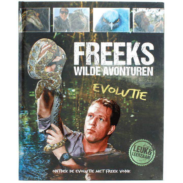 Ik las Freeks wilde avonturen: evolutie. Aan de buitenkant een mooi boek, met natuurlijk Freek Vonk . In zijn hand een slang, die wat glimt en uitgevoerd is in reliëf. Als ik Freek Vonk op televisie zie, vind ik hem altijd wat druk, dus wist niet zo goed wat ik van dit boek moest verwachten.   #evolutie #fossielen #Freek Vonk #Freeks wilde avonturen #natuur #oertijd