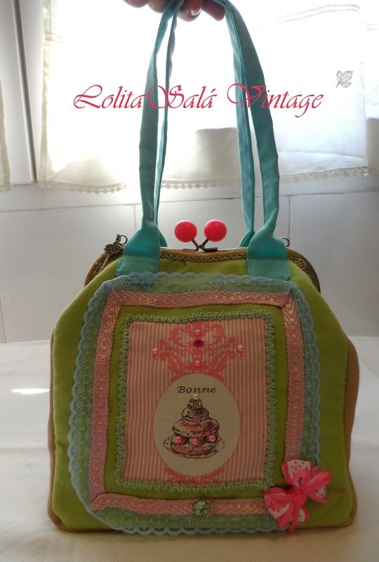 vintage hangbag http://lolitasala.es/index.php?id_product=47=product_lang=4